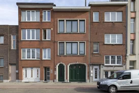 Gerenoveerde opbrengsteigendom (3 appartementjes) met 1 garage – Deurne