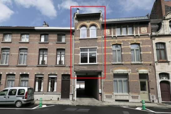 Instapklare gerenoveerde bovenwoning met loftgevoel + bijgebouw in hartje Lier.