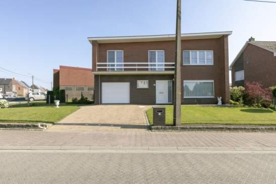 Zeer goed onderhouden woning met 3 slpkr – Heist-op-den-Berg