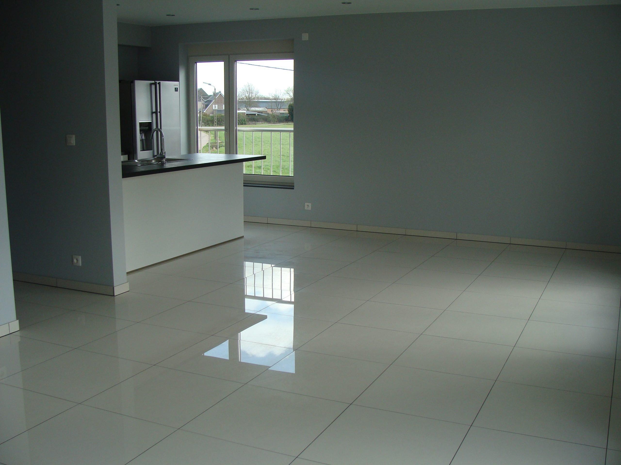 Instapklaar recent duplex-appartement met 4 slpkr + ruim terras + 4 autostpl. – St.-Kat.-Waver