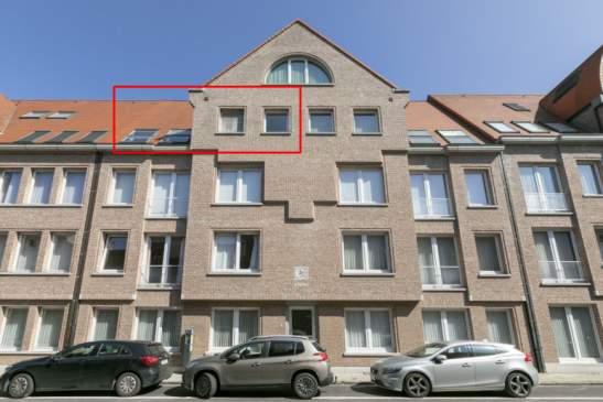 Zeer gunstig gelegen 1 slpkr appartement met groot zonnenterras + garagebox en kelderberging – Lier