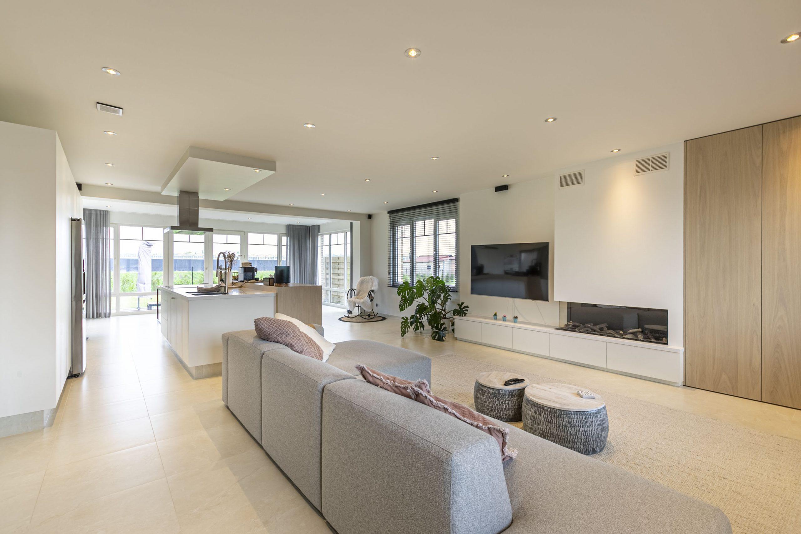 Instapklare villa met 4 slpr + dressing + bureau – St.Kat.Waver