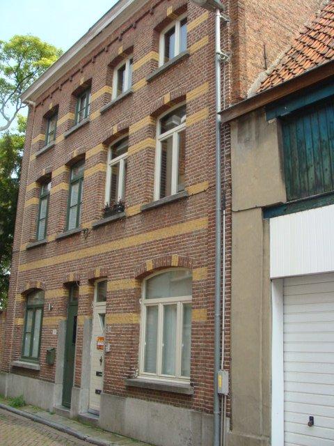 Rustig gelegen duplex appartement met 1 slpkr in hartje Lier.