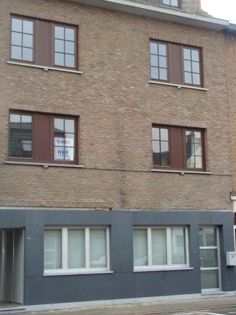 Appartement met 2 slpkr + terras.