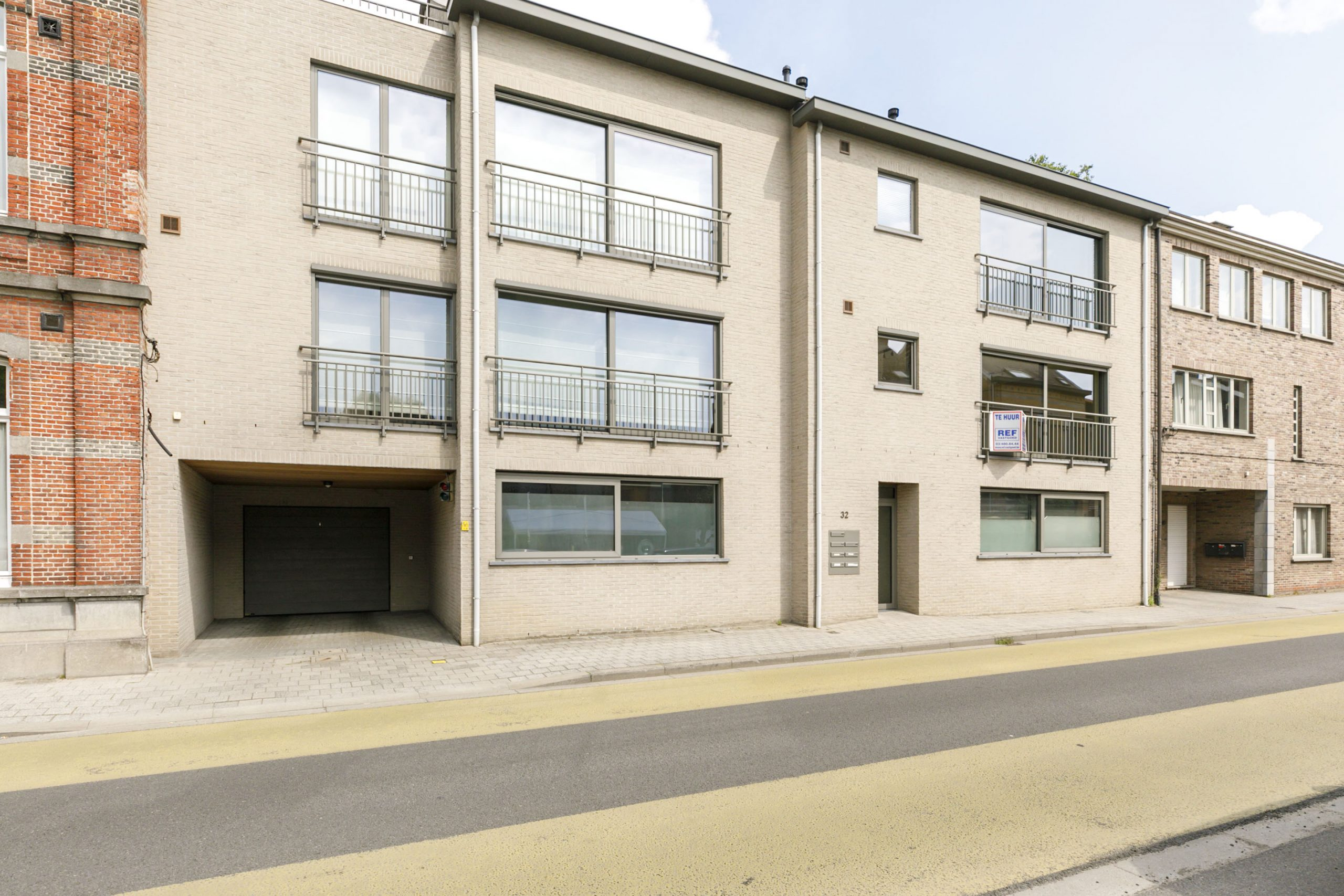 Recent appartement in centrum Broechem