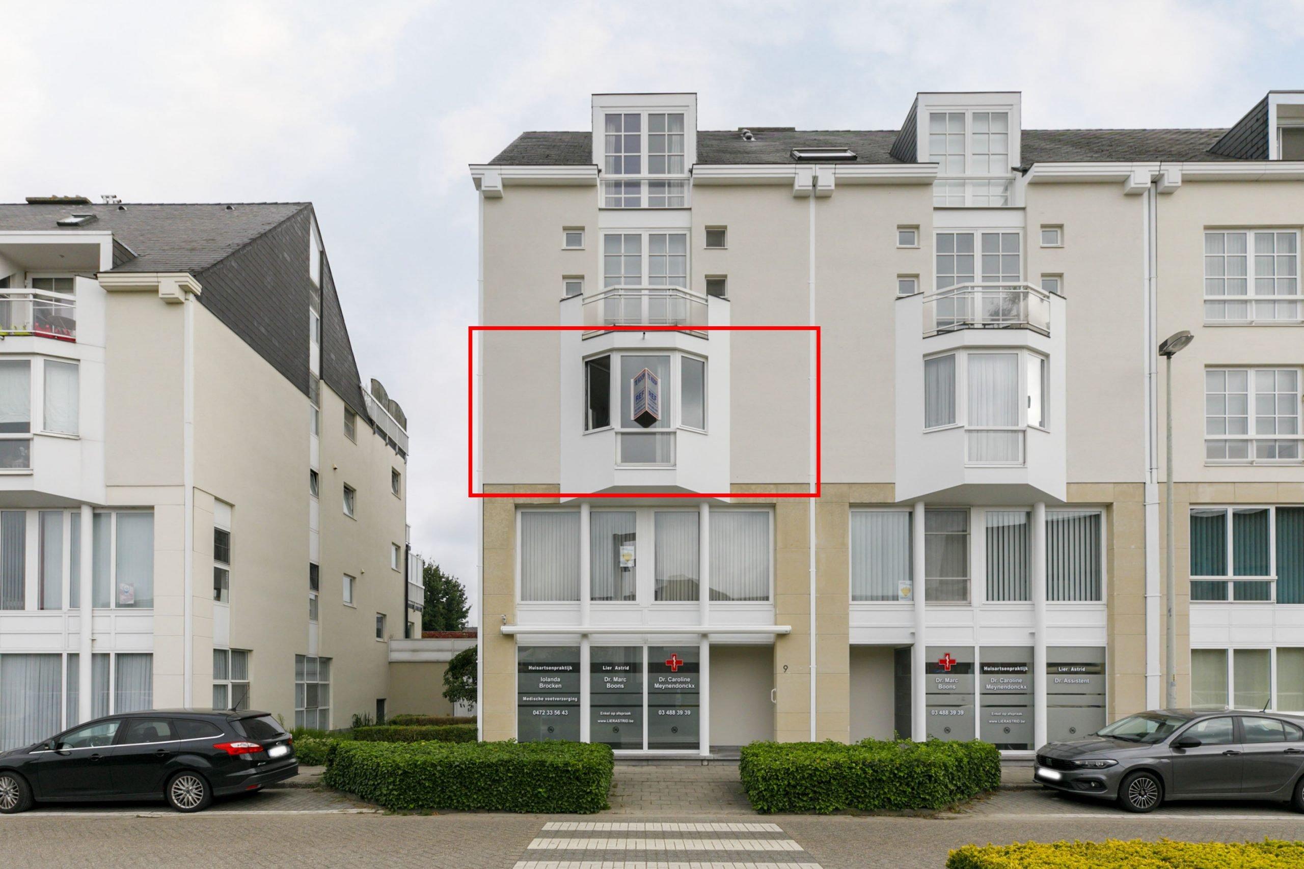 Centraal gelegen groot appartement met 3 slaapkamers